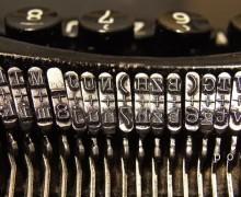 1024px-Typewriters-2