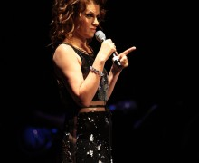 Sandra-Bernhard-Photo-3