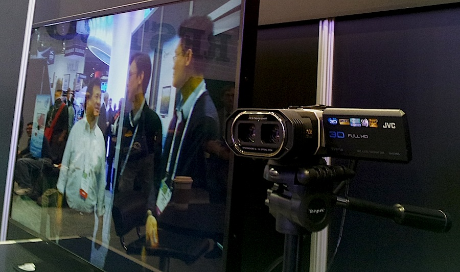 High-quality 3D TV without glasses at Stream TV's booth, CES 2014