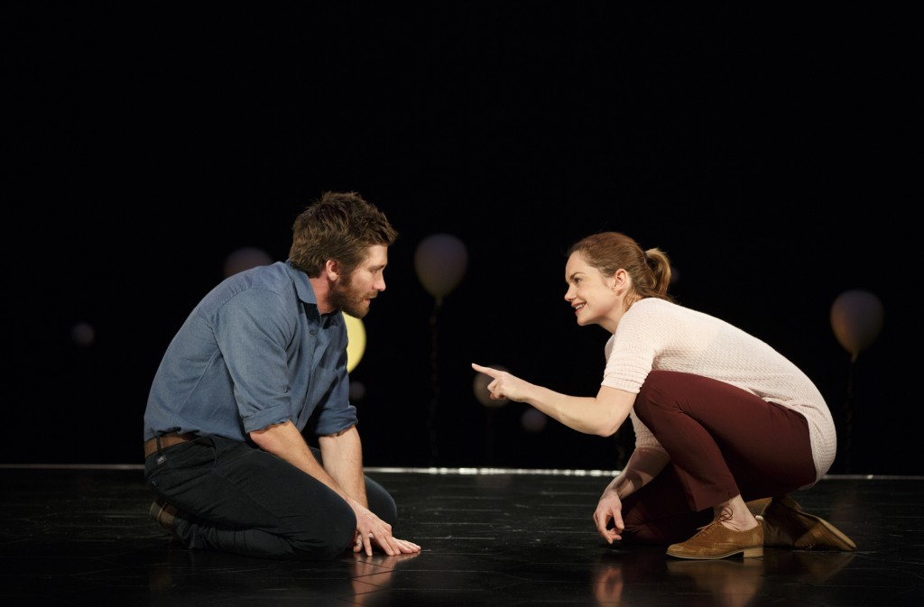 Jake Gyllenhaal and Ruth Wilson in Nick Paynes Contstellations