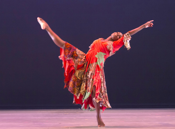 """Ailey's Hope Boykin in the central role of Matthew Rushing's """"Odetta"""" (Photo by Steve Wilson)"""