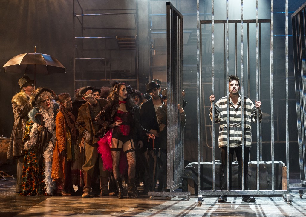 The cast of The Threepenny Opera visiting MxHeath in prison.