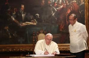 Pope_Francis_Malacanang_22