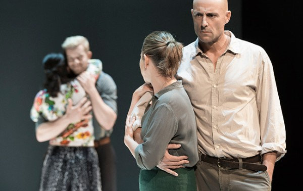 Phoebe Fox, Russel Tovey, Nicola Walker, and Mark Strong in A View from the Bridge. Credit: Jan Versweyveld