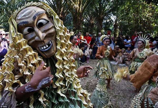 The Mah Meri tribe celebrating Ari Muyang in Pulau Carey, Malaysia. -Photo by EPA