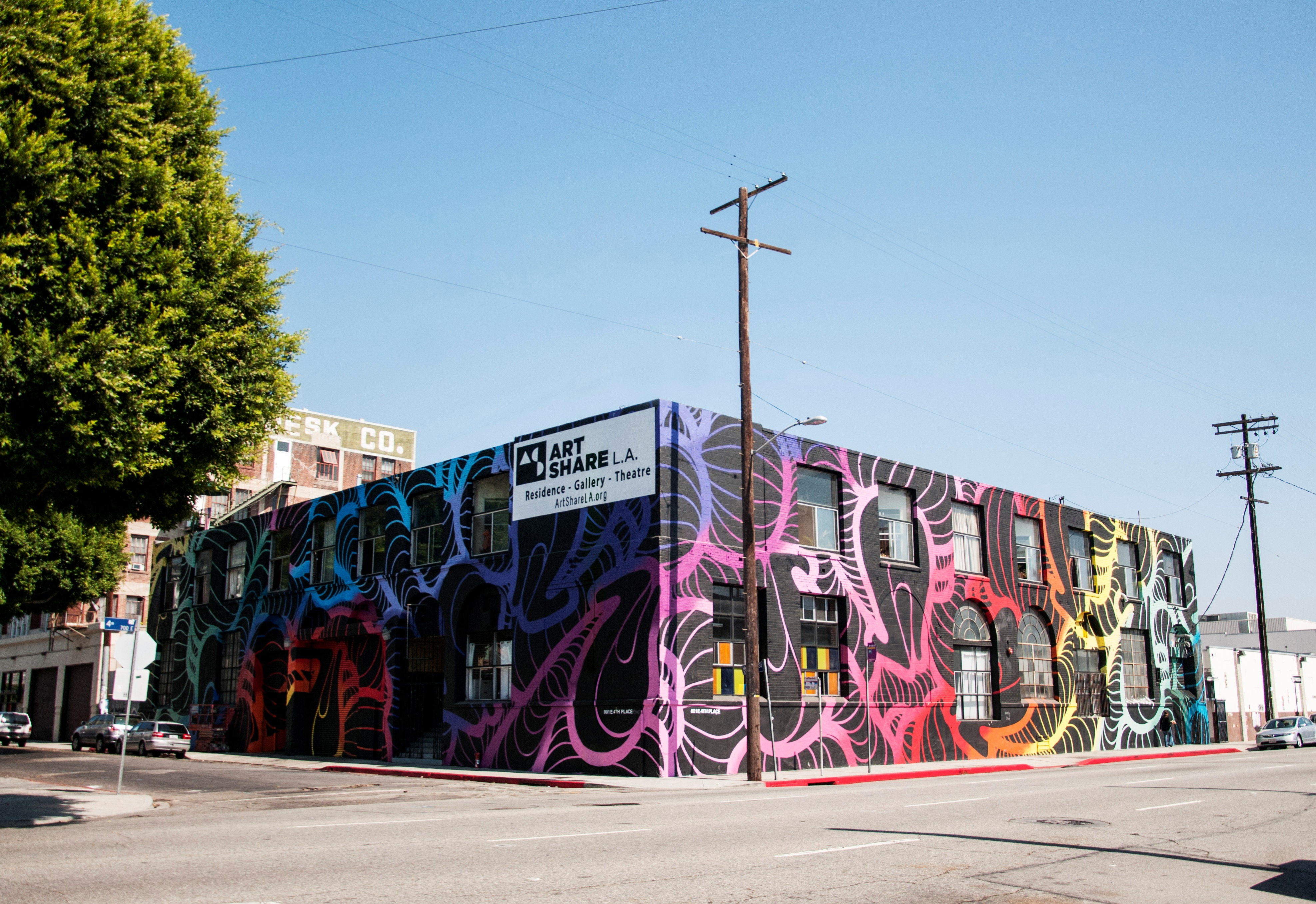 The generational gentrification of the los angeles arts for Painting in los angeles