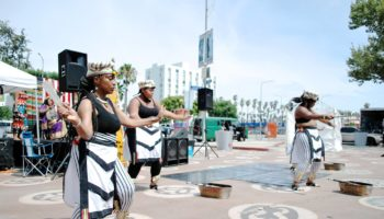 peoples-plaza-in-leimert-park-village