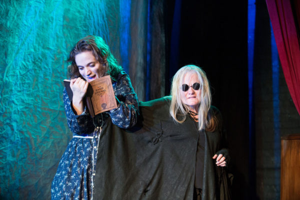 l-r, Angela Giarratana and Sarah Zinsser in Hansel & Gretel Bluegrass at the 24th Street Theatre.