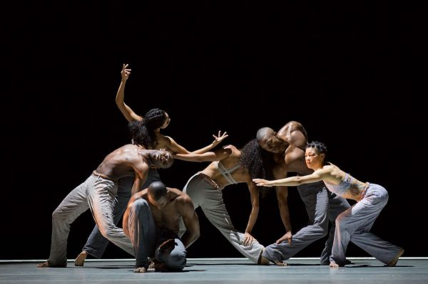 Alvin Ailey American Dance Theatre Photo by Paul Kolnick