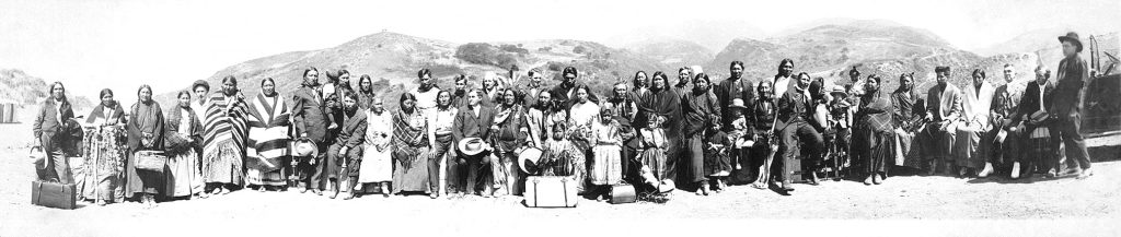 American Natives - California. Photo : H.A. Brooks, 1916.