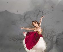 Ashley Shaw in Matthew Bourne's The Red Shoes. Photo by Johan Persson.