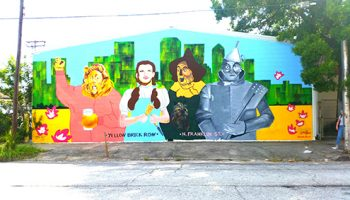 Wizard of Oz mural greets entrants to Tampa Heights