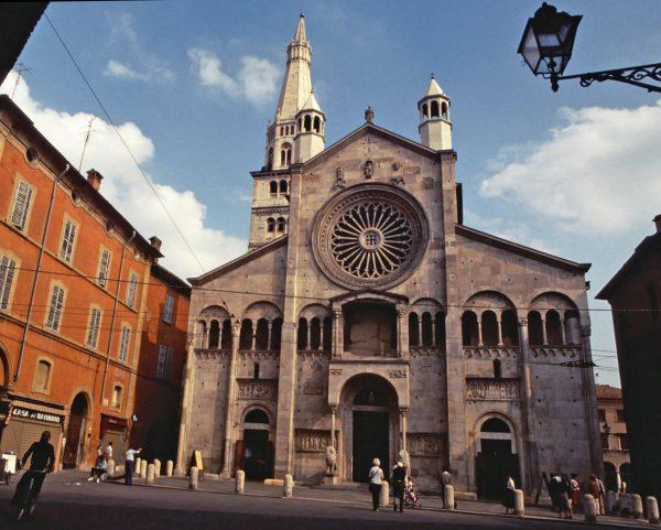 Modena Duomo © Elisa Leonelli 1984
