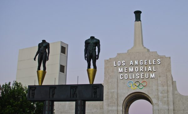Los_Angeles_Memorial_Coliseum_(8089345699)