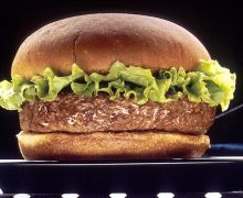 640px-NCI_Visuals_Food_Hamburger