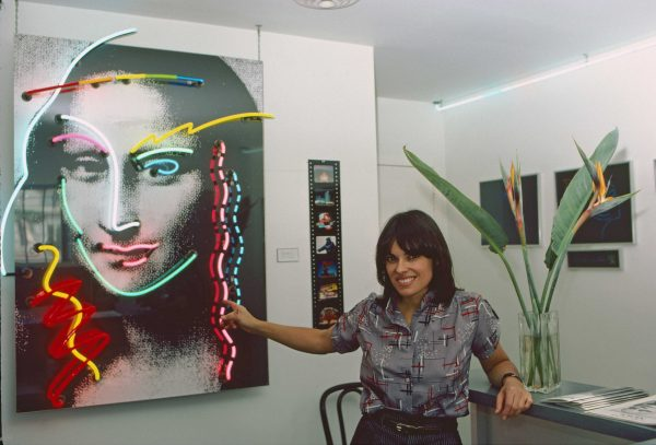 New Neon Art. Lili Lakich with her arto piesce, Mona Lisa.. Museum of Neon Art. Downtown Los Angeles