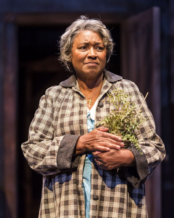 Sundra McClain as the matriarch in A Raisin in the Sun at A Noise Within.