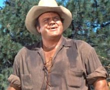 "Dan Blocker as ""Hoss Cartwirght"""
