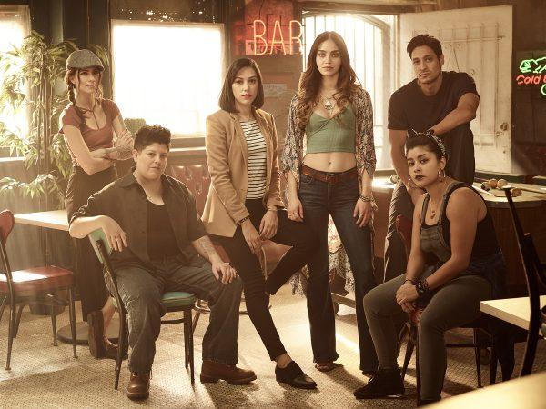Vida cast: Cruz, Eddy, Emma, Lyn, Johnny, Mirasol (c) Starz