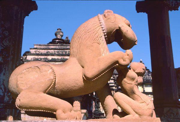 Leogryph. Kahjuraho, India © Elisa Leonelli 1984