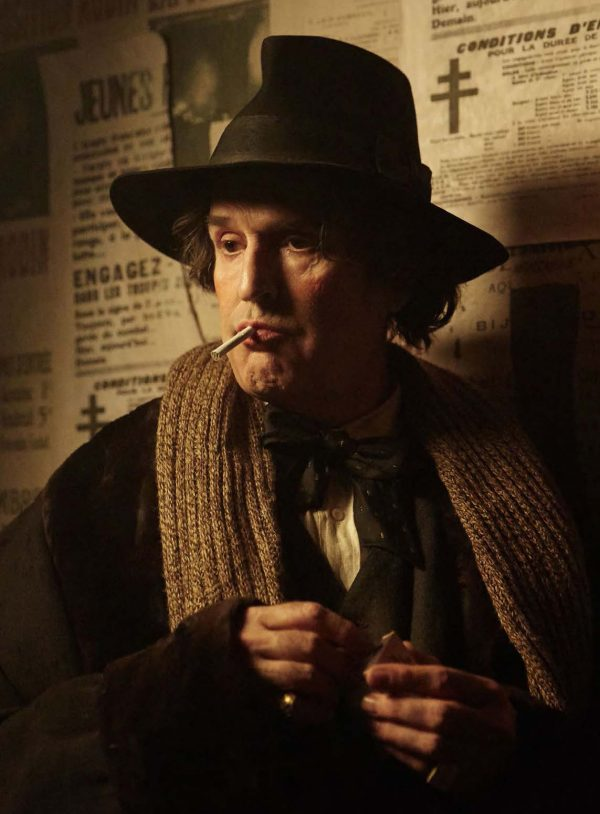 Rupert Everett as Oscar Wilde, photo by Wilhelm Moser, Sony Pictures Classics