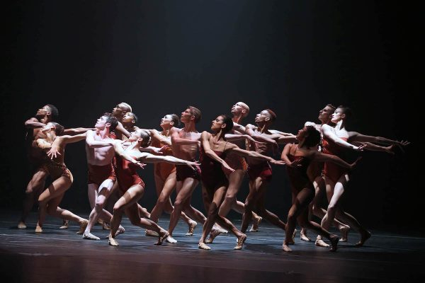 Complexions Contemporary Ballet. Photo courtesy of the artists.