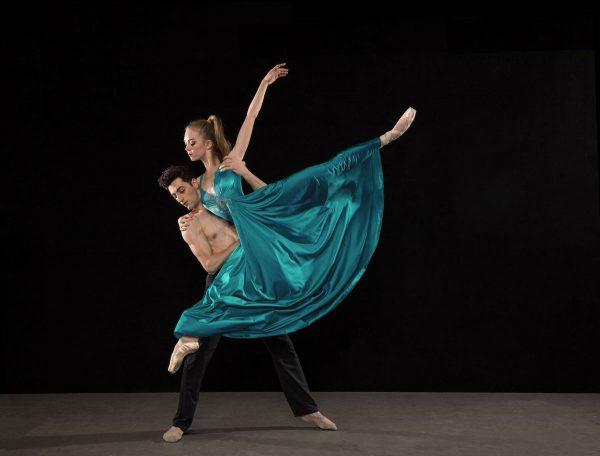 Los Angeles Ballet's Bianca Bulle & Tigran Sargsyan. Photo by Reed Hutchinson.