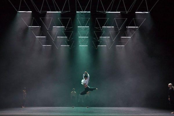 "Company Wayne McGregor in ""Autobiography"". Photo by Andrej Uspenski."