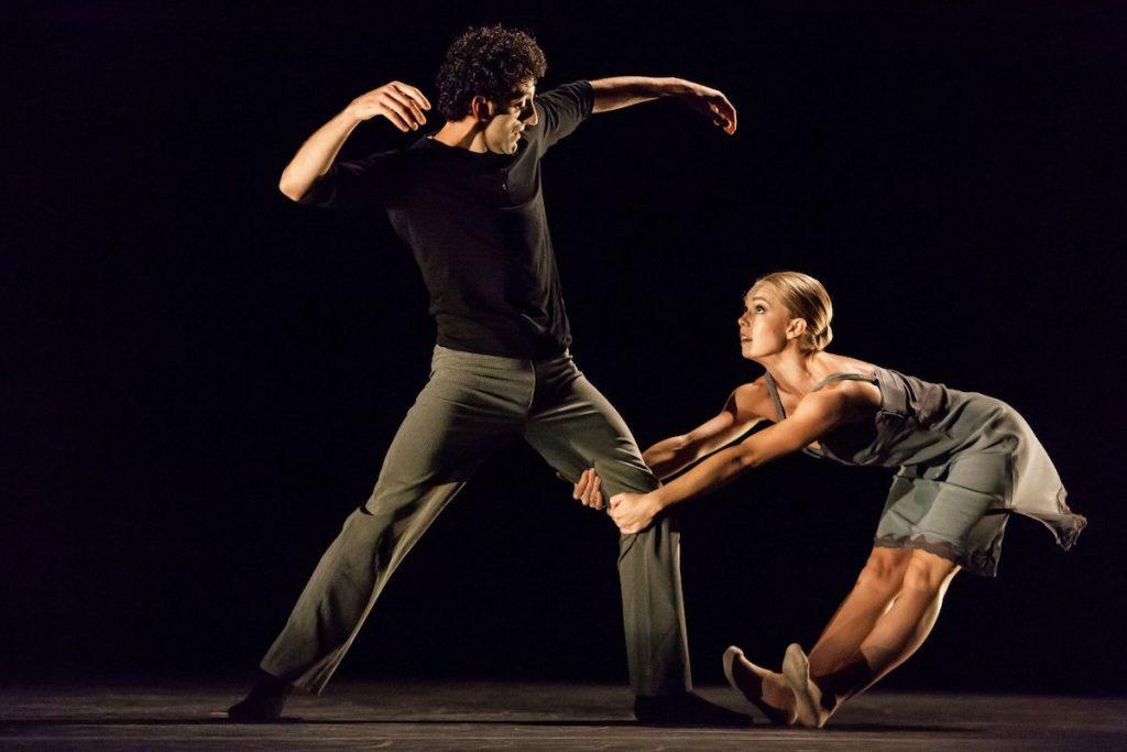 """Los Angeles Ballet in Alejandro Cerrudo's """"Lickety Split"""". Photo by Reed Hutchinson."""