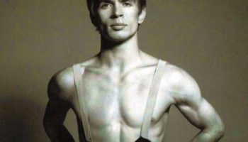 Rudolph Nureyev, photo by Richard Avedon