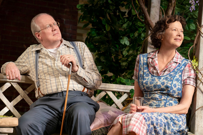 Tracey Letts and Annette Benning in All My Sons. Credit: Joan Marcus