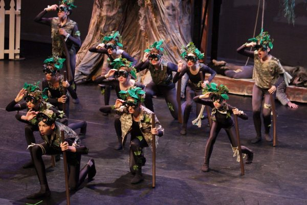 """Los Angeles Youth Ballet's """"Peter and the Wolf"""". Photo by Iker Gutierrez."""