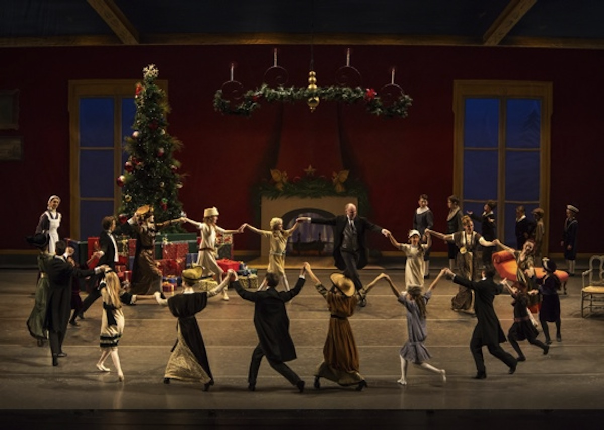 "Los Angeles Ballet ""Nutcracker"". Photo by Reed Hutchinson."