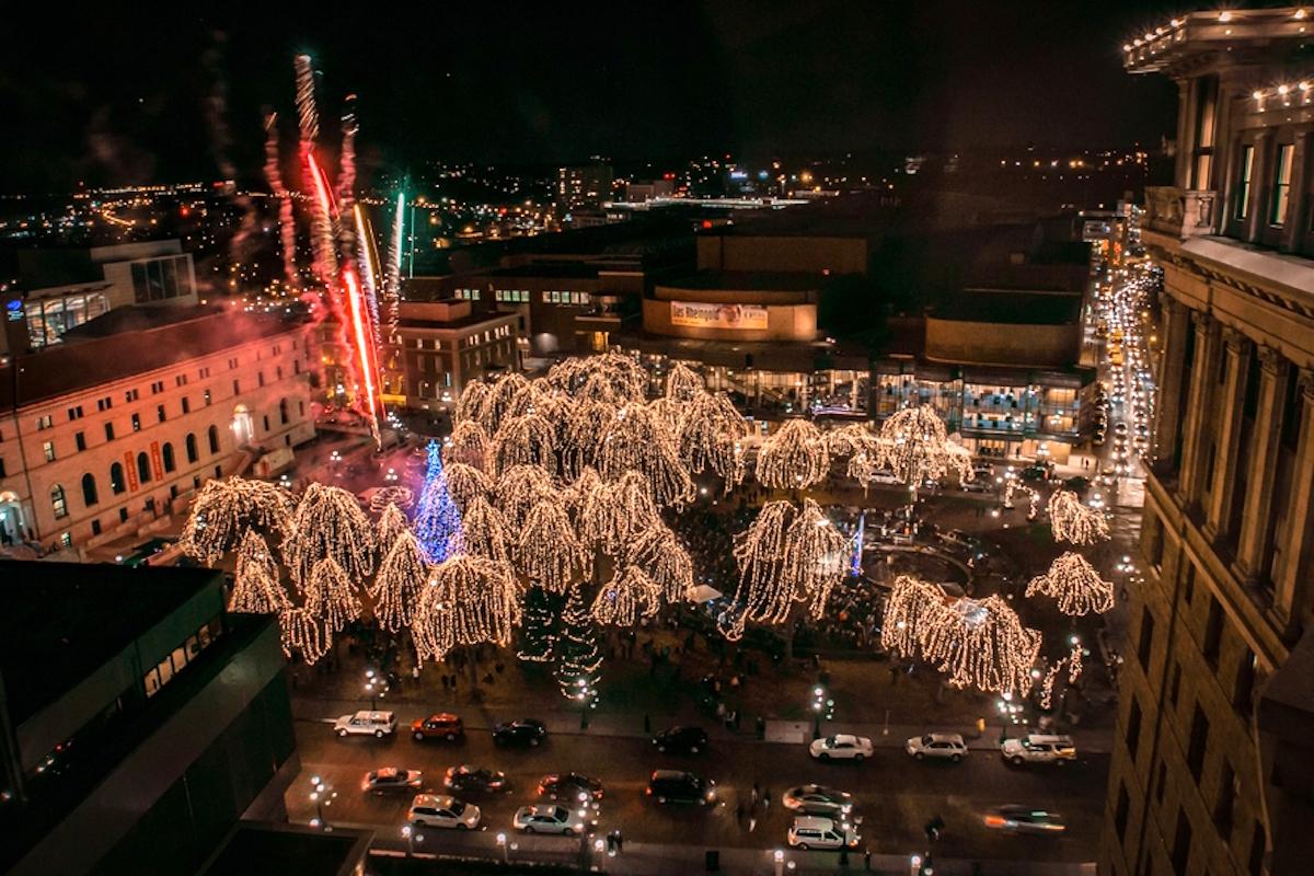Rice Park St Paul Lights 2020 Christmas Eve Christmas in St. Paul, Minnesota   Cultural Weekly