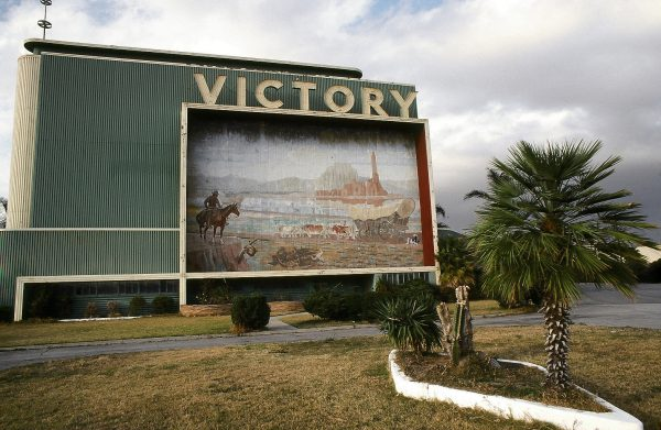 Victory Drive-In. North Hollywood (c) Elisa Leonelli 1978