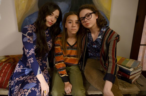 Mikey Madison, Olivia Edward, Hannah Alligood-Better Things © Suzanne Tenner FX