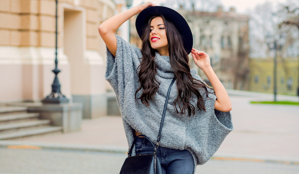 Fashionable woman with hat. image: Shutterstock